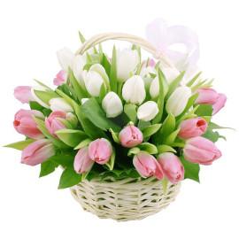 Корзина тюльпанов