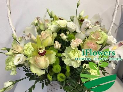 Большая корзина цветов_